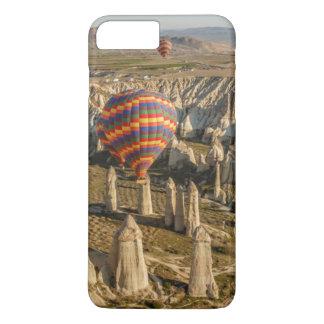 Vista aérea de balões de ar quente, Cappadocia 2 Capa iPhone 7 Plus