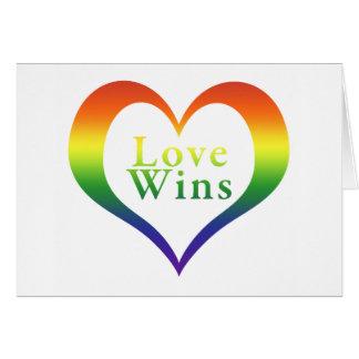 Vitórias do amor do coração do arco-íris cartão