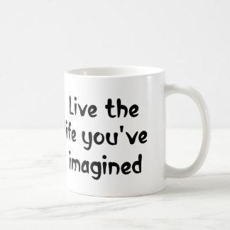 Vive o presente inspirador das canecas de café das