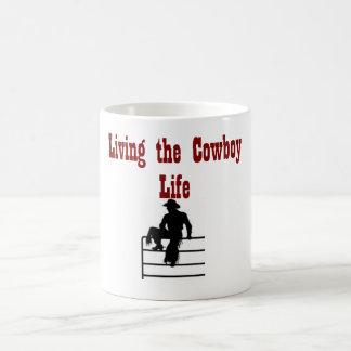 Vivendo a vida do vaqueiro caneca de café