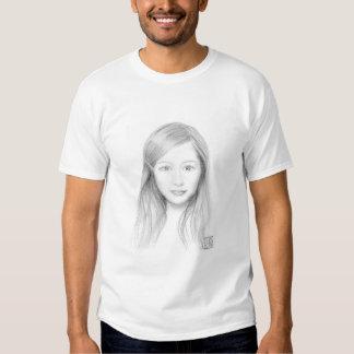 Vivian em preto e branco tshirts