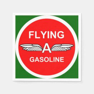 Voando uma gasolina guardanapo de papel