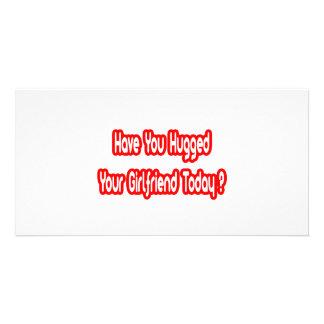 Você abraçou seu namorada hoje? cartão com foto