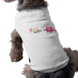 Você faz meu t-shirt do cão do sorriso do coração camisa sem mangas para cachorro