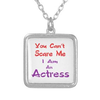 Você não pode susto mim que eu sou uma actriz colar com pendente quadrado
