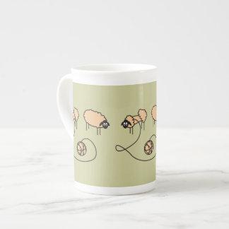 Xícara De Chá Costume engraçado dos carneiros