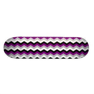 Ziguezague roxo de Chevron do preto do branco cinz Shape De Skate 21,6cm